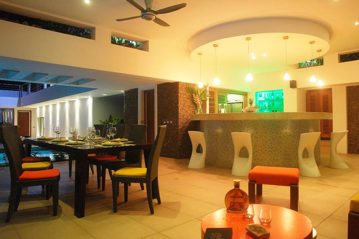 Villa Sofia – Living Areas – Outside Dining/Bar