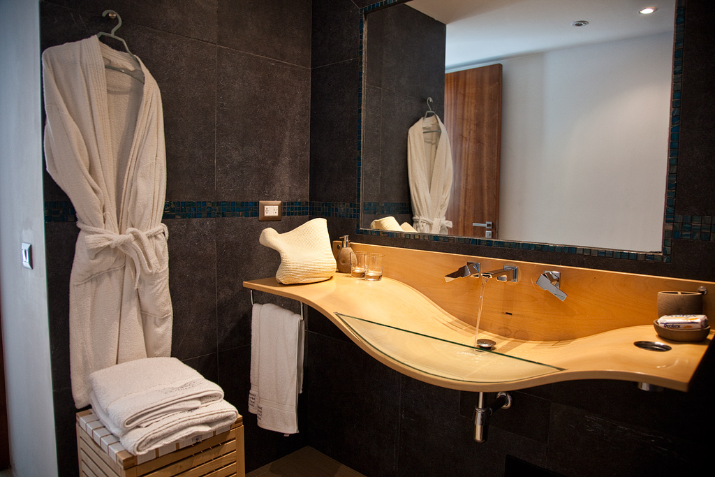 Villa Sofia – The Jacuzzi Suite – Bathroom