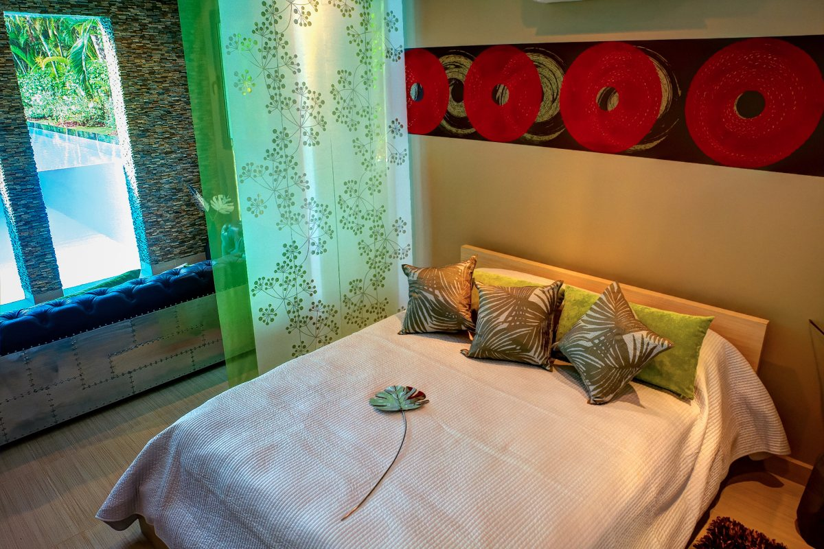 Villa Sofia – The Pool Suite – Bed