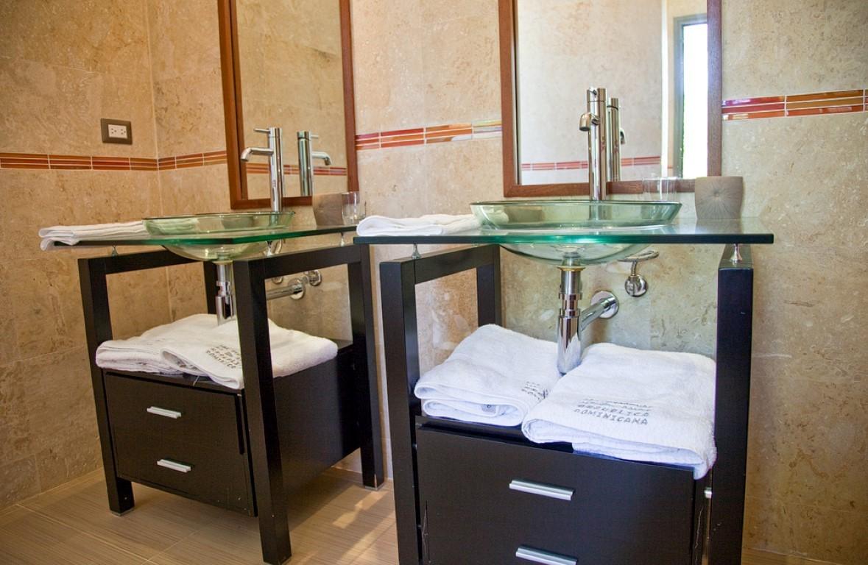 Villa Sofia – The Family Suite – Bathroom