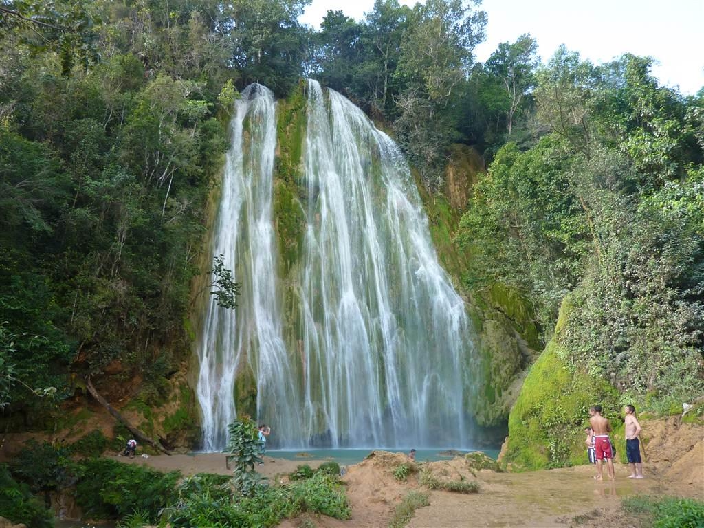 Excursions – Cascadas De Limon