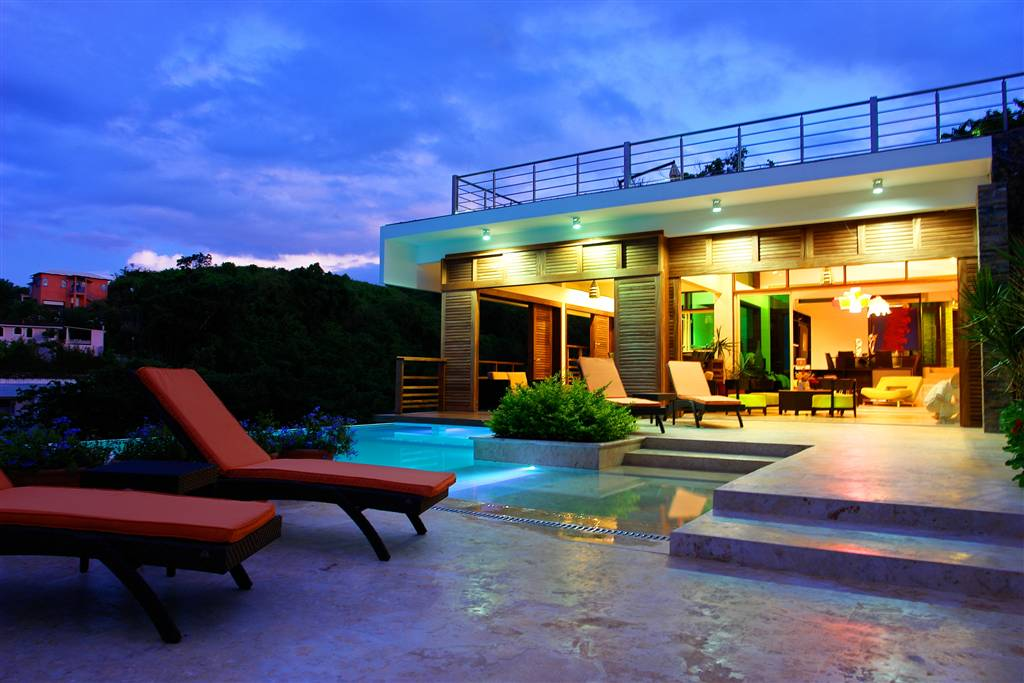 Villa Julia – Outside Pool