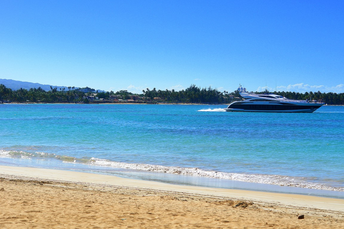 Las Terrenas Views – Sea W/ Boat